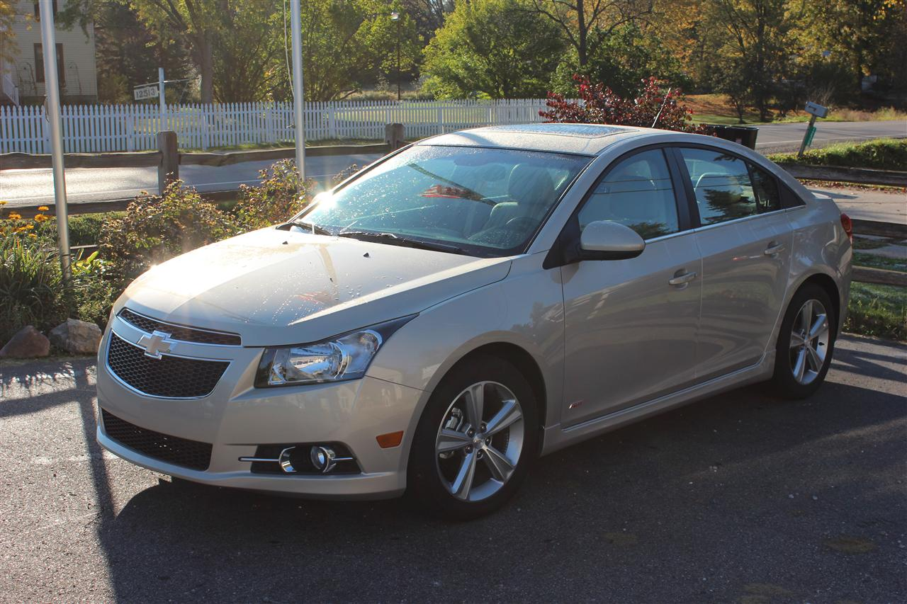 2012 chevrolet cruze with autos post. Black Bedroom Furniture Sets. Home Design Ideas